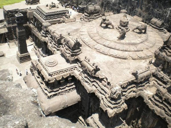 temples of india 06 Amazing Cliff Temples of India   The Ellora Caves