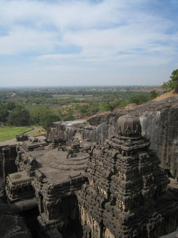 temples of india 08 Amazing Cliff Temples of India   The Ellora Caves
