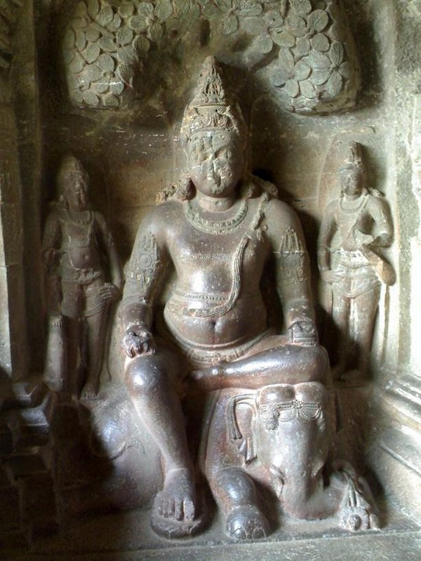 temples of india 10 Amazing Cliff Temples of India   The Ellora Caves