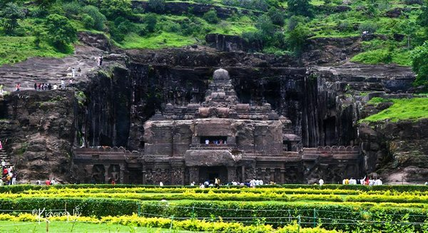 temples of india 17 Amazing Cliff Temples of India   The Ellora Caves