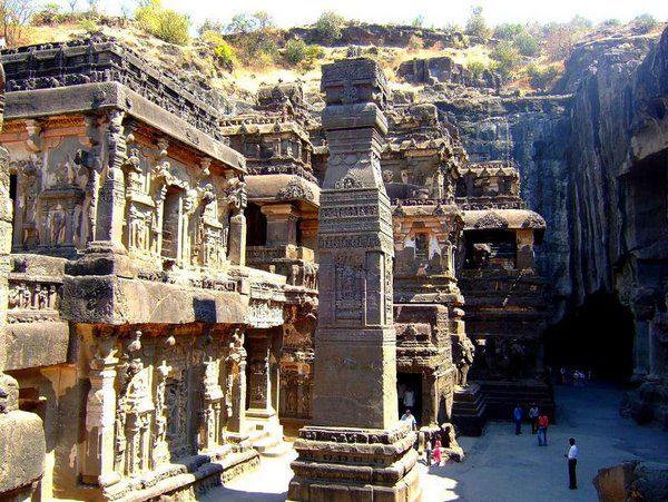 temples of india 23 Amazing Cliff Temples of India   The Ellora Caves
