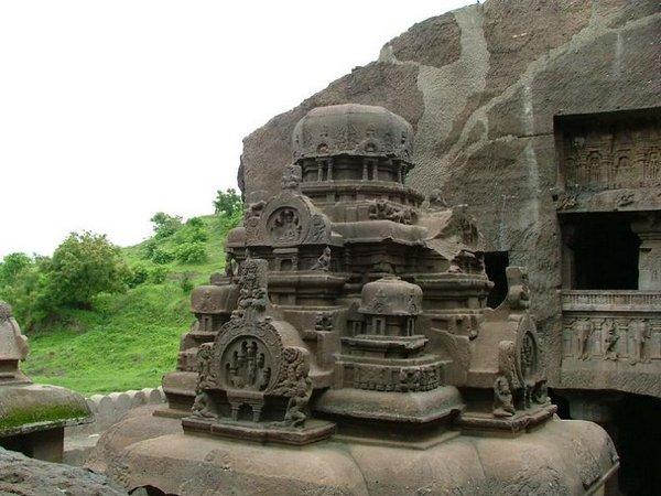 temples of india 24 Amazing Cliff Temples of India   The Ellora Caves