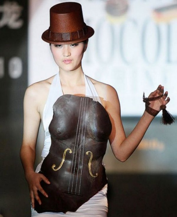 chocolate fashion 05 Would You Like To Dress In Chocolate?