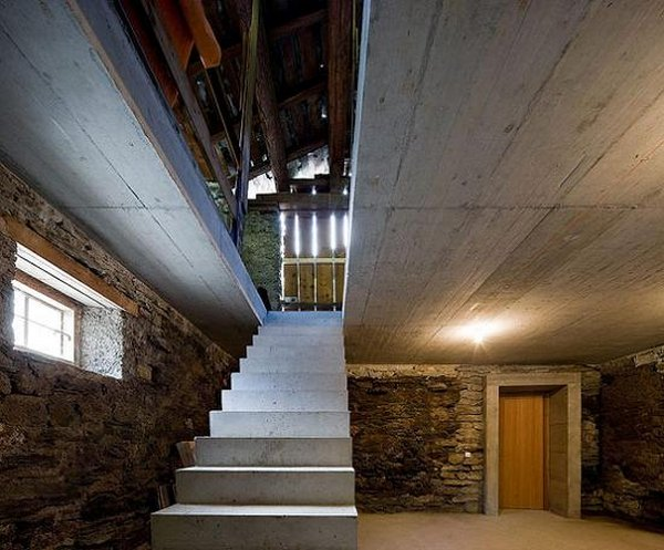 house inside a hill 12 The House Inside A Hill: Villa Vals In Switzerland
