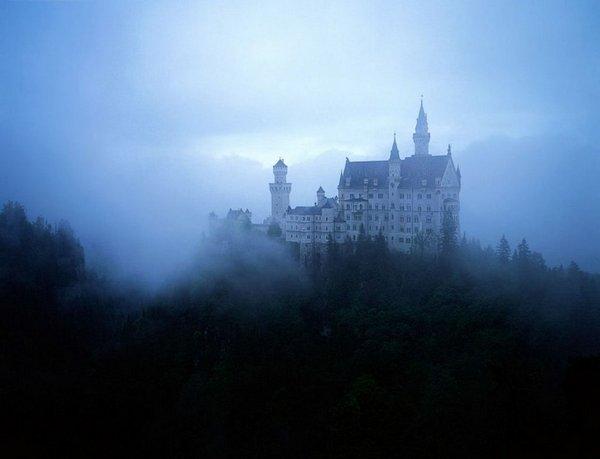 sleeping beauty castle 10 Amazing Sleeping Beauty Castle