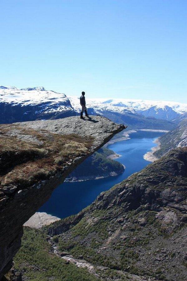 the craziest cliffs in norway 04 The Craziest Cliffs In Norway