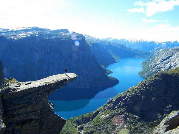 the craziest cliffs in norway 08 The Craziest Cliffs In Norway