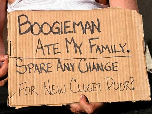 homeless signs 02 Creative Hilarious But Sad Homeless Signs