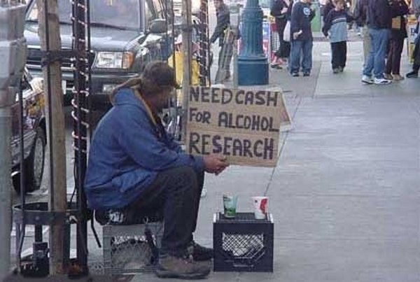 homeless signs 06 Creative Hilarious But Sad Homeless Signs