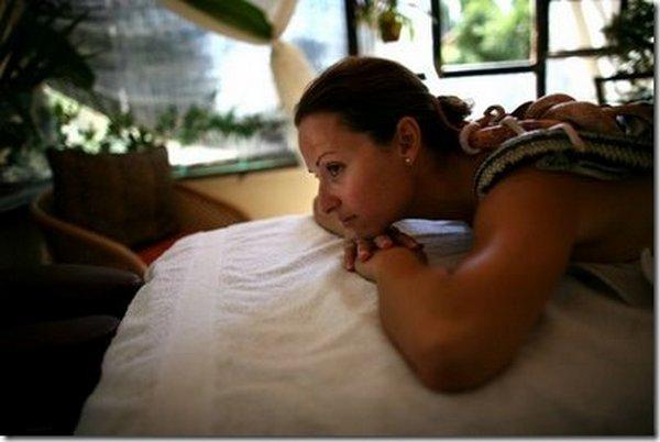 snake message 07 Refreshing Snake Massage In Israel