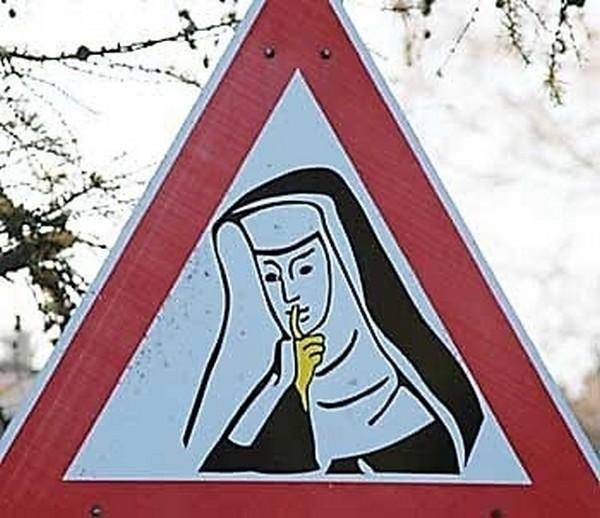 Najsmješniji znakovi upozorenja (17 fotografija)