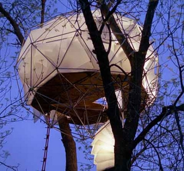 amazing tree houses 08 6 Designer Tree Houses Youd Love to Live In