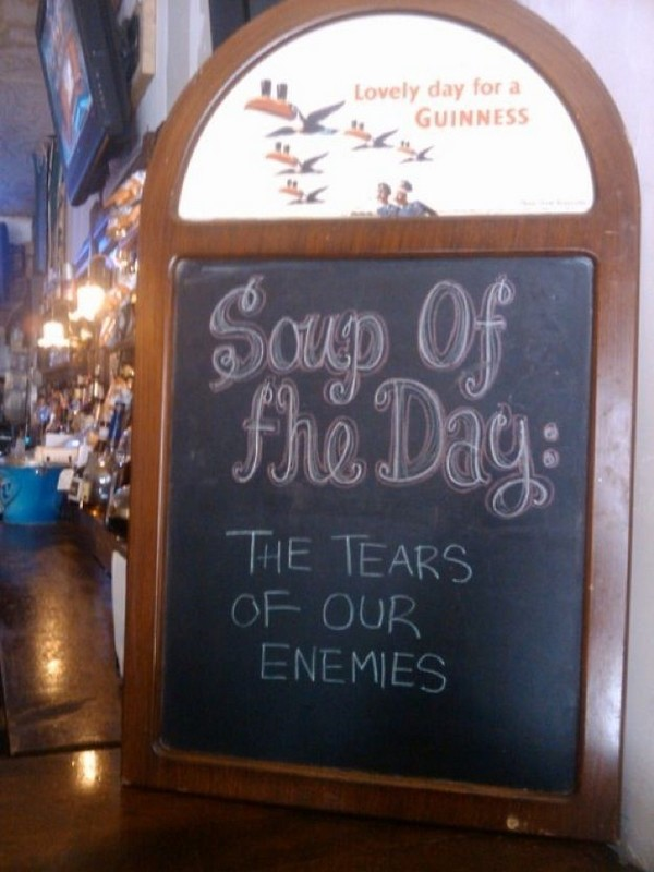 funny restaurant signs 07 Top 11 Funniest Restaurant Signs
