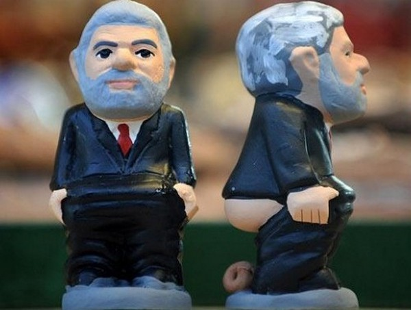 shit that worlds leaders do 02 Creative World Leaders Figurines; Who We are And What We Do