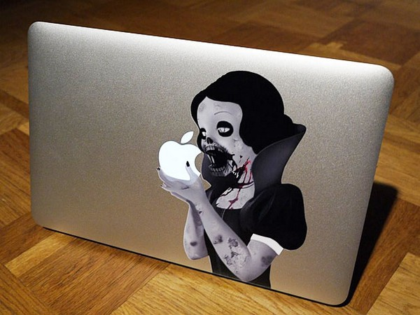 10 fun macbook stickers 01 10 Fun MacBook Stickers