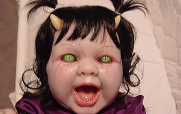 horror baby dolls 04 Want To Get Scared By a Doll? Check Out These 7 Horror Dolls