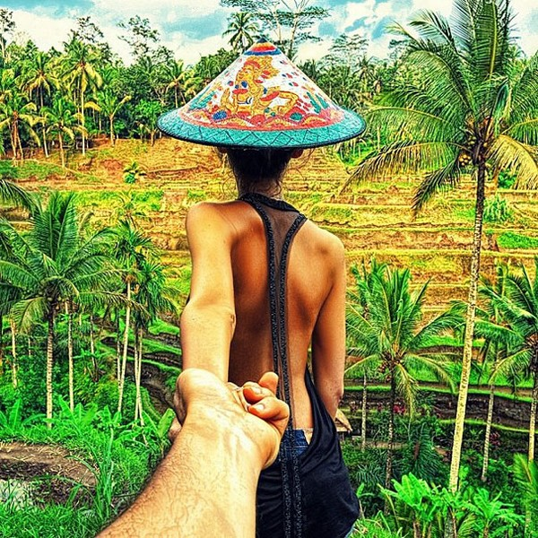 photographer follows his grrlfriend around the world 18 Photographer Follows His Girlfriend Around The World
