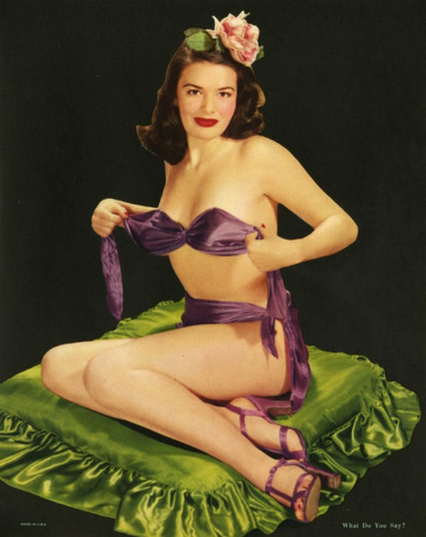 pin up girls 01 Top 10 Coolest Pin Up Girls Ever