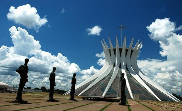 top 10 worlds strangest buildings 03 Top 10 World's Strangest Buildings