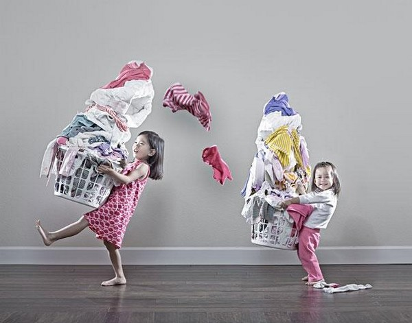 creative dad takes crazy photos of daughters 07 Creative Dad Takes Crazy Photos Of Daughters