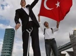"Meet Sultan Kosen From Turkey – The World's Tallest Man 8'1""(2.47 meter)"