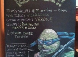 Top 11 Funniest Restaurant Signs