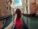 Photographer Follows His Girlfriend Around The World