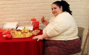 donna simpson2 1596685 e1268688835578 300x187 Weird News: Woman Wants to be Worlds Fattest